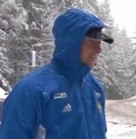 Наш замечательный бобслеист, как и великий норвежский биатлонист,  «на дембель» не собирается