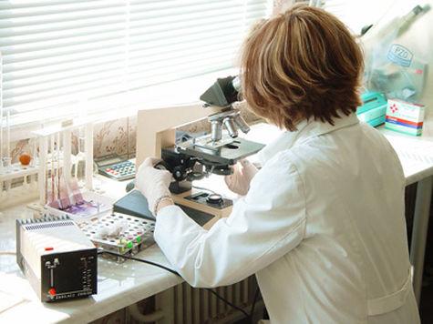 Американским врачам удалось впервые полностью вылечить ребенка, родившегося с вирусом иммунодефицита человека