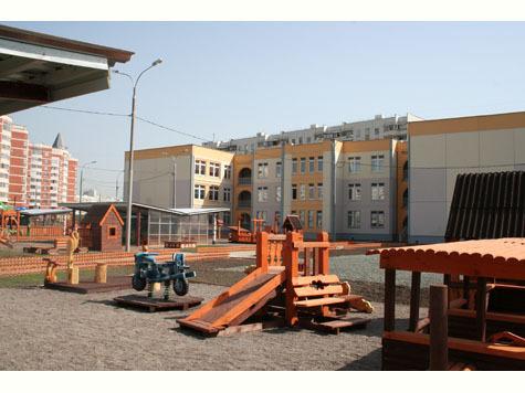 СУ-155 построит к концу 2012 года три школы и три детских сада в Санкт-Петербурге