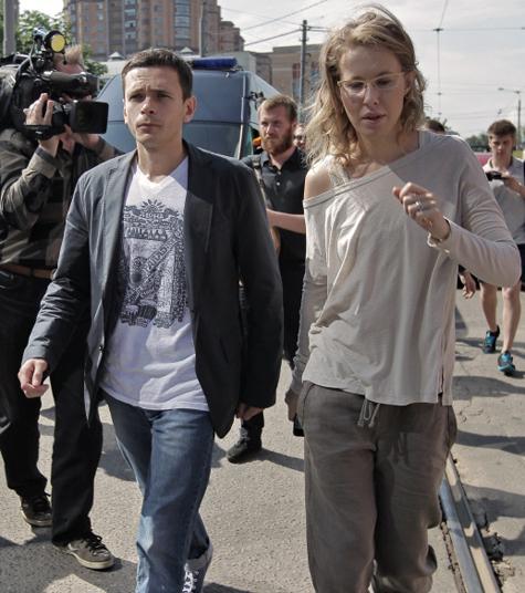 Илья Яшин возмутился «минированием» СК, где его допрашивали