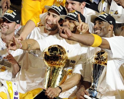 """""""Лос-Анджелес Лейкерс"""" - сильнейшие в НБА"""