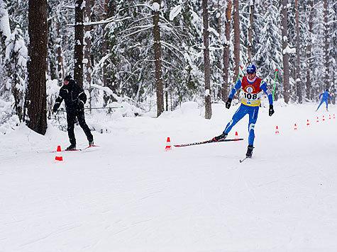 Знаменитые лыжники в пятый раз боролись за призы нашей газеты