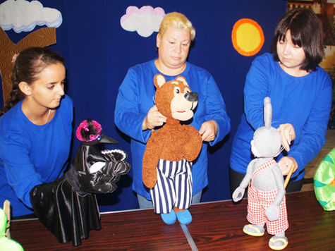 Коллектив Находкинского муниципального театра кукол считает себя кукольниками по призванию, а не по профессии