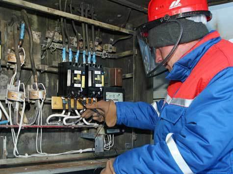 В Бурятии все же стали убирать с рынка компании-присоски, которые под угрозой отключения электроэнергии незаконно собирали деньги с потребителей