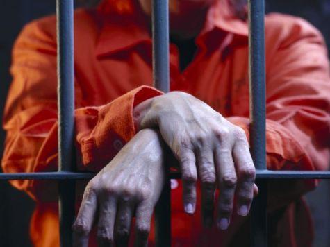 Хочешь выжить в тюрьме – плати