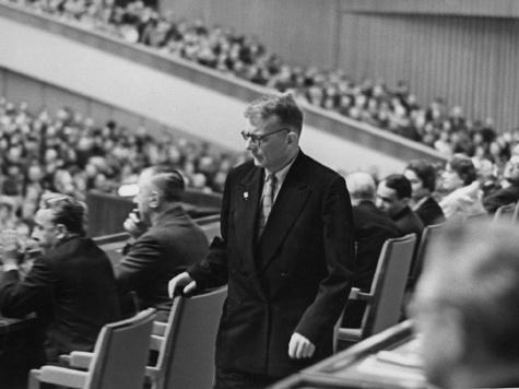 Товарищ Шостакович, помогите