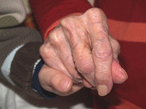 Грабители,  убившие пенсионеров, забыли выключить свет
