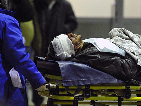 Погибших опознавали по ключам, а раненых грабили в больницах