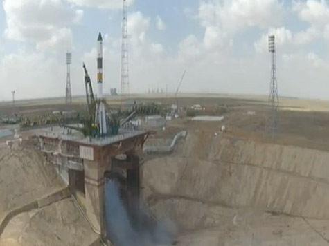 Корабль «Прогресс М-19М» пристыковался к МКС без «ручного» управления