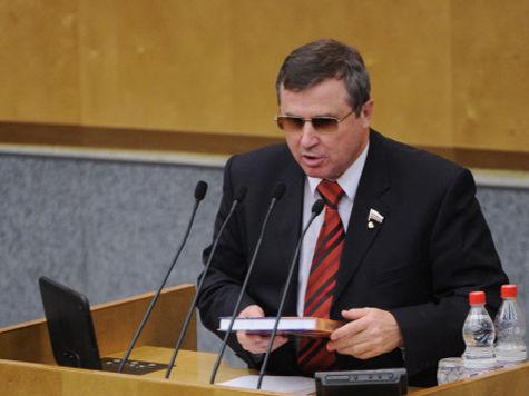 Ливанова стоит поменять на Cадовничего,  заявили в комитете Госдумы по образованию