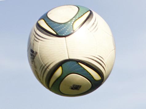 Сборная Украины начала Евро-2012 с победы