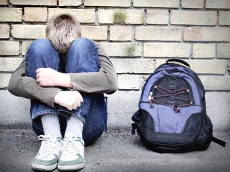 В Подмосковье школьники изнасиловали одноклассника карандашом