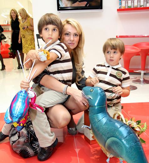 Яна Рудковская борется за сына