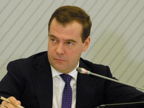 У Медведева проблемы с транспортом