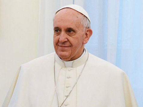 Папа Франциск поддержал молодых спортсменов и лично зажег факел Универсиады-2013