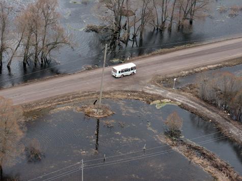 Подмосковные автодороги уходят под воду