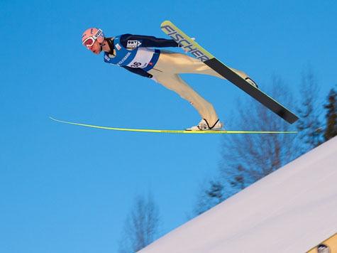 Поляк выиграл чемпионат мира по прыжкам с трамплина, сборная России не вышла в финал
