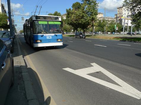 Троллейбусы не будут зависеть от «рогов»