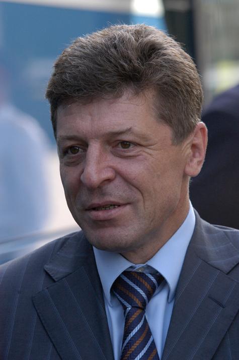 Козак поддержал закон о штрафах за пропаганду гомосексуализма