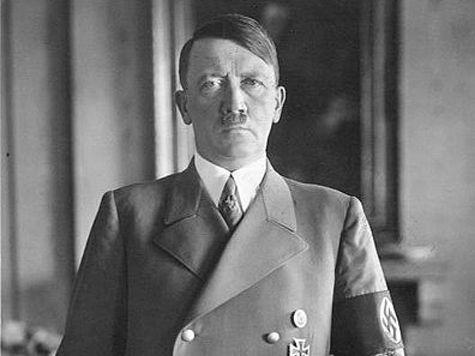 80 лет назад понему повел Германию Адольф Гитлер