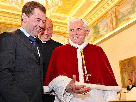 Папа Римский осведомился, не там ли обитает Президент России