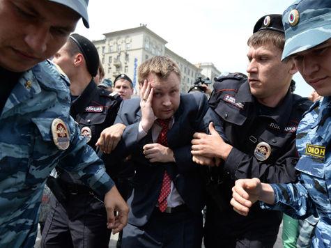 «Возможно, следователи ищут у Алексеева клад»