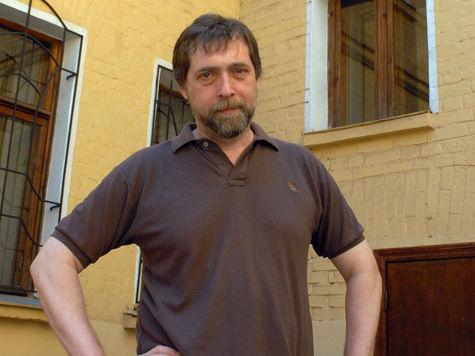 Никита Высоцкий обратился в суд с иском к издательству, выпустившему оскорбительную книгу