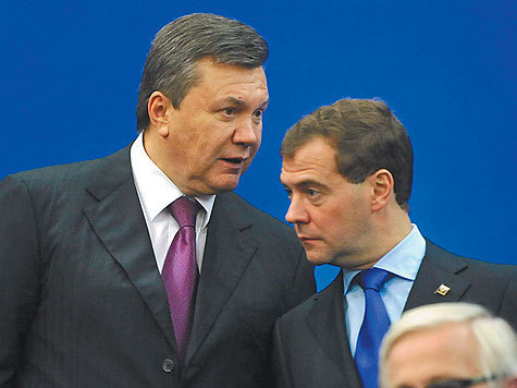 Янукович попросил у Медведева мост
