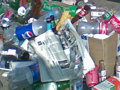 Москвичам предложат разделить мусор прямо возле супермаркетов