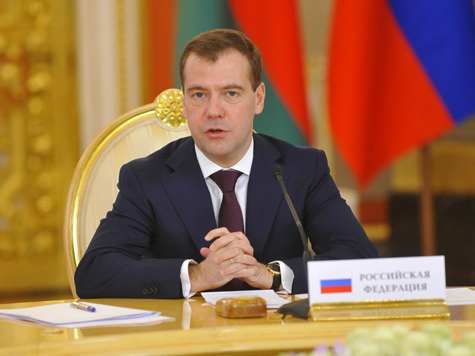 План Медведева: борьба с подарками и покупкой яхт