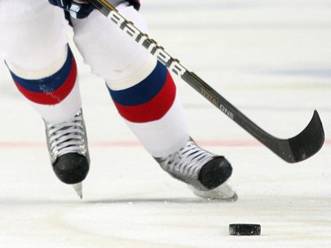 Школьник устроил дуэль за честь погибшей хоккейной команды