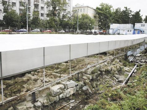 Белокаменная Москва восстала из-под земли