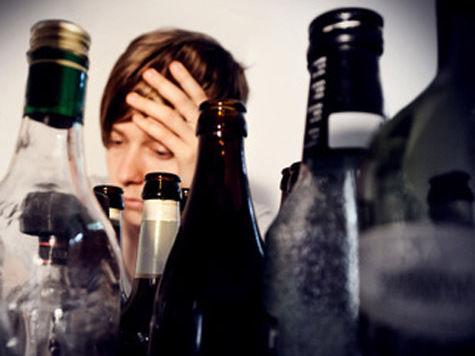 Граждане алкоголики смогут перевоспитываться  в домашних тапочках