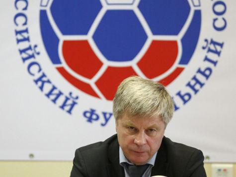 Собачья выставка на футбольном поле возмутила президента РФС