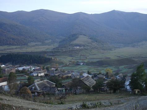 """""""МК"""" побывал в армянском селе, где не смотрят телевизор, не гонят самогон, не курят и не ругаются матом."""