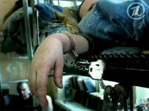 """""""МК"""" сравнил мнения Егора Бычкова и главного нарколога России Евгения Брюна о принудительном лечении"""