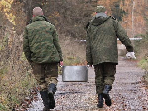Подполковник одной из военных частей в Московской области смог выручить 5,4 млн рублей на незаконном труде своих солдат