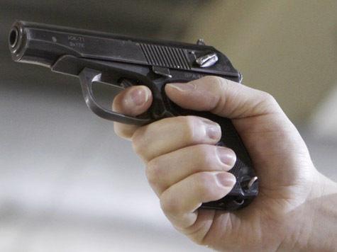 Ревнивец не смог застрелиться, растратив всю злость на убийство любовницы