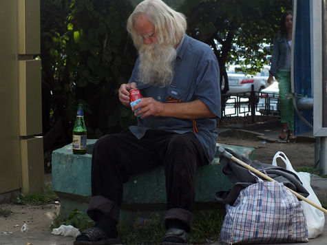 Столичных бомжей поделят на бездомных и бродяг