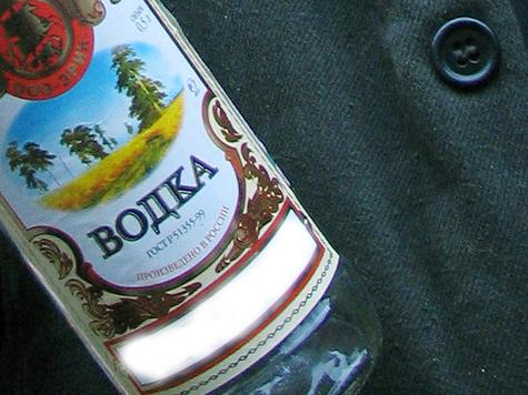 С 1 июля дешевая водка подорожает на 30 рублей