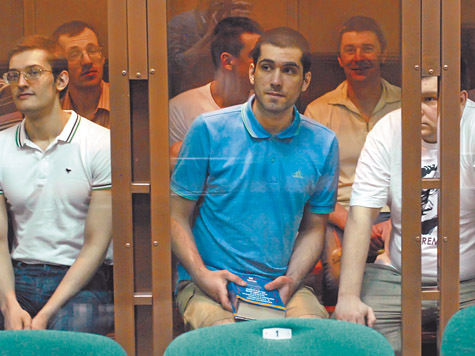 Суд по Болотной: беспорядки организовывали Удальцов и Пономарев