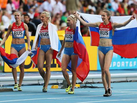 Четыре медали завоевали российские легкоатлеты, две из них — золотые