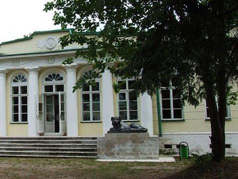 Господский дом в «Кузьминках» снесут в новом виде и восстановят в старом