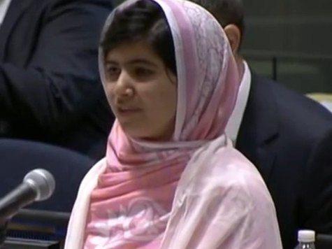 Девочка, пережившая покушение талибов, награждена