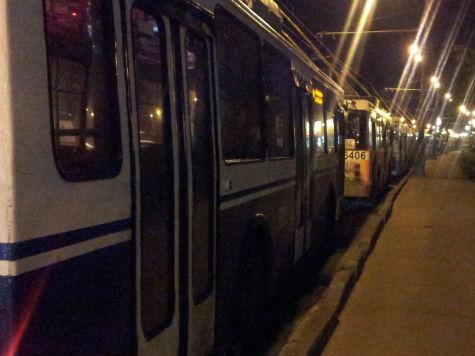 Движение по проспекту Мира в Москве парализовано с 20 часов