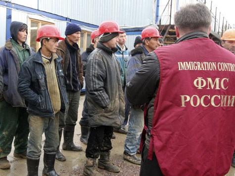 Жительницы Таджикистана требуют депортировать мужей из России