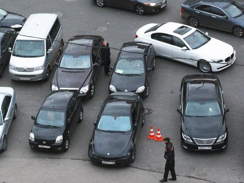 Платные парковки пометят для удобства водителей-нарушителей