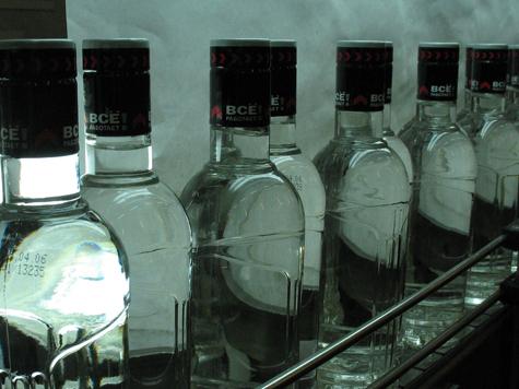ФАС обвинила Росалкоголь в закручивании гаек на спиртном рынке