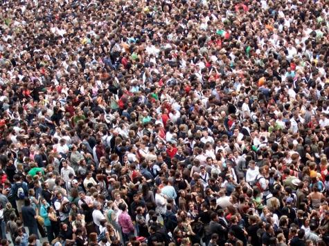 Чего бояться человечеству — перенаселения или вымирания?
