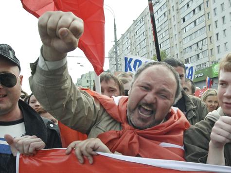 Совет Федерации одобрил закон о наказаниях для участников митинга, когда убедился, что обычным, неполитическим, хулиганам он не грозит